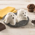 CHOCOLATE GHOST ( HALLOWEEN MUFFIN)