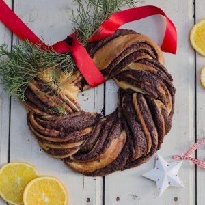 Ghirlanda di Natale con crema al cioccolato
